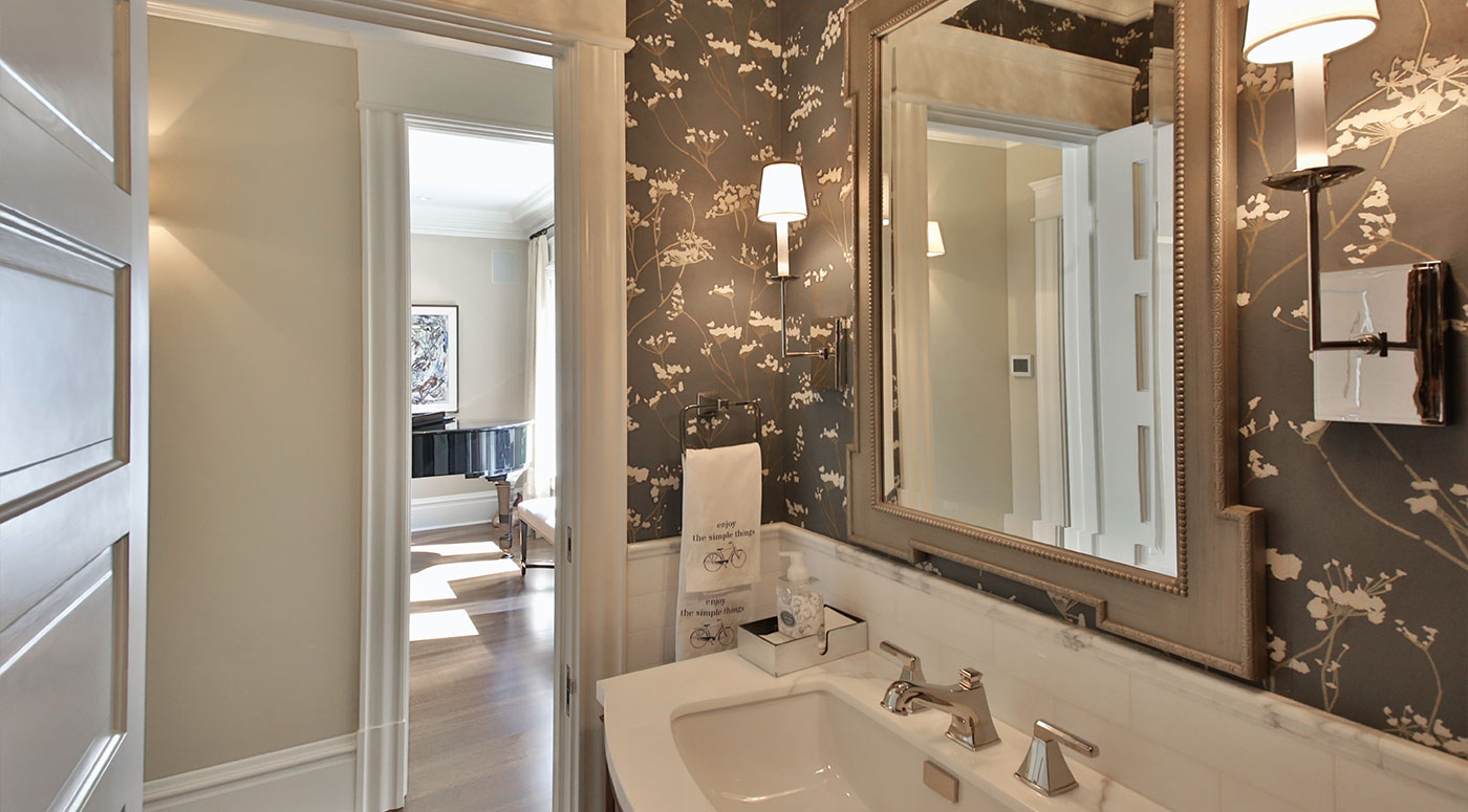 LeeAnn Baker Interiors LTD - Seattle Transitional